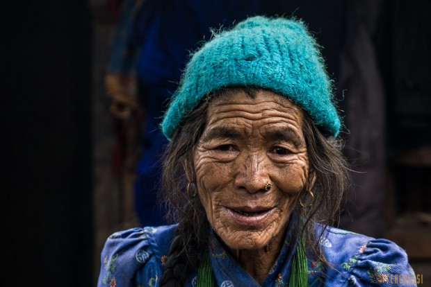 pop-b89/g-traversee.nepal.ght.portrait.47.jpg